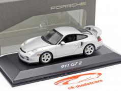 Porsche 911 (996) GT2 year 2001 silver 1:43 Minichamps