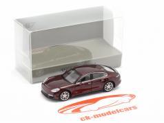 Porsche Panamera 4S Baujahr 2015 dunkelrot metallic 1:87 Minichamps