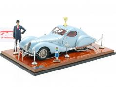 Exhibition Showcase Talbot-Lago Coupe T150 C-SS Lichtblauw metalen 1:18 CMC