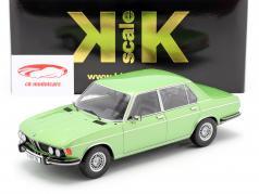 BMW 3.0 S E3 2 Series Ano de construção 1971 luz verde metálico 1:18 KK-Scale