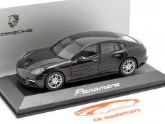Porsche Panamera (2. Gen.) year 2017 jet black metallic 1:43 Herpa