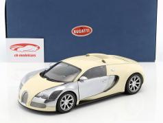 Bugatti Veyron EB 16.4 Baujahr 2009 weiß 1:18 AUTOart / 2. Wahl