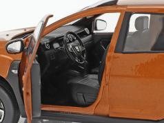 Dacia Duster MK2 建設年 2018 タクラマカン オレンジ 1:18 Solido