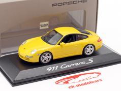Porsche 911 (997) Carrera S Coupe Mk1 2005 speed yellow 1:43 Minichamps