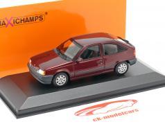 Opel Kadett E Año de construcción 1990 rojo metálico 1:43 Minichamps