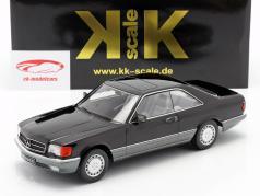 Mercedes-Benz 560 SEC C126 Byggeår 1985 sort 1:18 KK-Scale