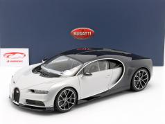 Bugatti Chiron Año de construcción 2017 glaciar blanco / atlantic azul 1:12 AUTOart