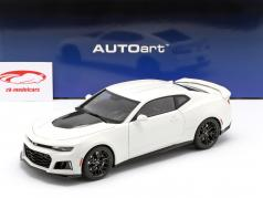 Chevrolet Camaro ZL1 year 2017 summit white 1:18 AUTOart