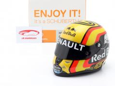 Carlos Sainz jr. #55 Renault Sport F1 Team formula 1 2018 helmet 1:2 Schuberth
