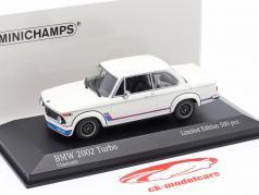 BMW 2002 Turbo (E20) 建設年 1973 白い 1:43 Minichamps
