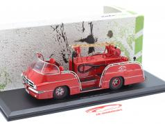 Pegaso 140 DCI Mofletes Feuerwehr Baujahr 1959 rot 1:43 AutoCult