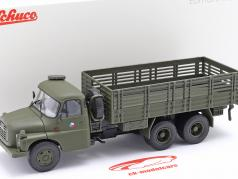 Tatra T148 Firhjulstrækker militær CSSR oliven grøn 1:43 Schuco