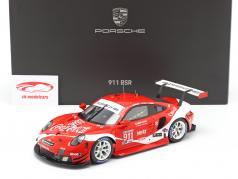 Porsche 911 RSR #911 Coca Cola IMSA kampioen 2019 Petit LeMans 1:18 Spark