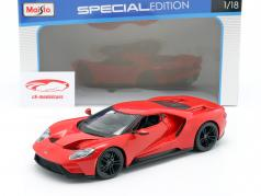 Ford GT år 2017 rød 1:18 Maisto