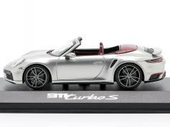 Porsche 911 (992) Turbo S Cabriolet Année de construction 2020 argent métallique 1:43 Minichamps