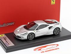 Ferrari F8 Tributo Bouwjaar 2019 Nürburgring zilver 1:43 LookSmart