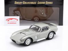 Shelby Cobra Daytona Coupe Baujahr 1965 silber metallic 1:18 ShelbyCollectibles