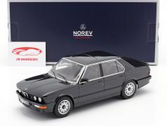 BMW M 535i year 1986 black metallic 1:18 Norev