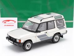 Land Rover Discovery Mk1 RHD year 1989 silver / grey / white 1:18 Cult Scale