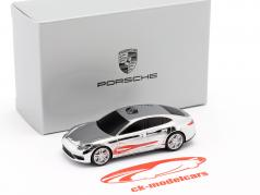 USB-Stick 8 GB Porsche Panamera Turbo 1:87