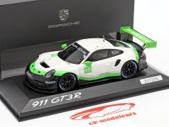 Porsche 911 GT3 R Bouwjaar 2019 #911 1:43 Minichamps