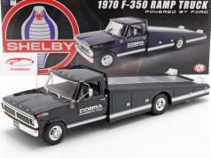 Ford F-350 Ramp Truck Shelby Cobra Byggeår 1970 blå / hvid 1:18 GMP