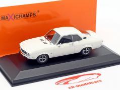 Opel Manta jaar 1970 wit 1:43 Minichamps