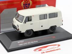 UAZ 452 minibus year 1980 white 1:43 IST-Models