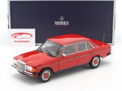 Mercedes-Benz 200 (W123) limousine Byggeår 1982 rød 1:18 Norev
