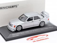 Mercedes-Benz 190E 2.5-16 Evo 2 Año de construcción 1990 plata 1:43 Minichamps