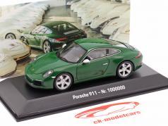 Porsche 911 (991 II) Carrera S 1000000 Porsche 911 2017 grøn 1:43 Spark