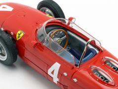 Graf Berghe v. Trips Ferrari 156 Sharknose #4 vinder Britisk GP F1 1961 1:18 CMR