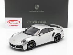 Porsche 911 (992) Turbo S Baujahr 2020 GT-silber metallic 1:18 Minichamps