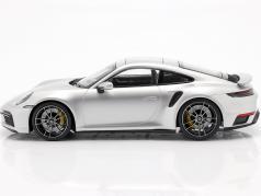 Porsche 911 (992) Turbo S Byggeår 2020 GT sølv metallisk 1:18 Minichamps