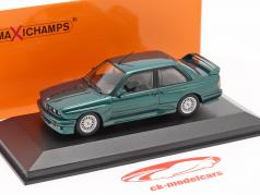 BMW M3 (E30) Bouwjaar 1987 donkergroen metalen 1:43 Minichamps