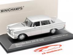 Mercedes-Benz 300 SE lang (W112) Heckflosse Bouwjaar 1963 zilver 1:43 Minichamps