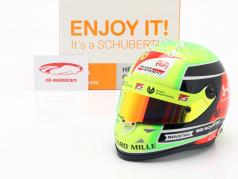 Mick Schumacher Prema Racing #20 formel 2 Champion 2020 hjelm 1:2 Schuberth
