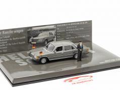 Mercedes-Benz 350 SEL (W116) Kanselier Helmut Schmidt 1972 1:43 Minichamps