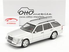 Mercedes-Benz AMG E klasse E36 (S124) 1995 strålende sølv 1:18 OttOmobile