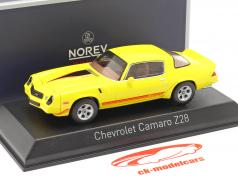 Chevrolet Camaro Z28 Bouwjaar 1980 geel 1:43 Norev
