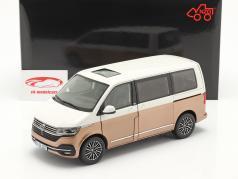 Volkswagen VW Multivan T6.1 Generation Six 2020 Blanco / bronce 1:18 NZG