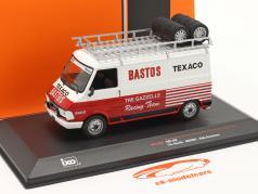 Fiat 242 camioneta Rallye Assistance Tre Gazzelle Racing Team 1:43 Ixo