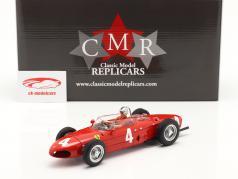 Set: Ferrari 156 Sharknose #4 vinder britisk GP 1961 med chauffør figur 1:18 CMR
