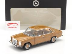 Mercedes-Benz 200 (W114/115) 建设年份 1968-73 拜占庭 金 1:18 Norev