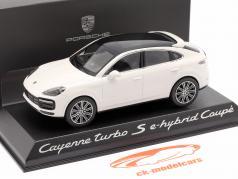 Porsche Cayenne Turbo S E-Hybrid Coupe 2019 carrara hvid 1:43 Norev