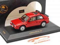 Lancia Delta S4 an 1985 rouge 1:43 Ixo