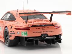 Porsche 911 (991) RSR #92 Klasse Vinder LMGTE 24h LeMans 2018 Pink Pig 1:18 Ixo