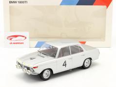BMW 1800 TI #4 ganador 24h Spa 1965 Ickx, van Ophem 1:18 Minichamps