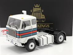 Volvo F88 un camion Martini Racing Team 1975 blanc / bleu / rouge 1:18 Road Kings