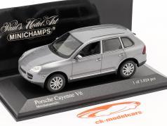 Porsche Cayenne V6 Jaar 2003 grijs 1:43 Minichamps